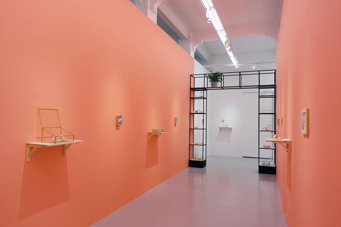 Exhibition view: Moses Tan, borrowed intimacies, Yavuz Gallery, Singapore (1 December 2020–8 January 2020). Courtesy Yavuz Gallery.