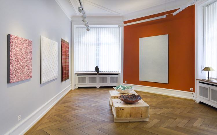 Exhibition view: Group Exhibition, Modern Masters from Mazandaran: Early Abstraction from Persia in Dialogue with Artists from the Gallery, Lévy Gorvy with Rumbler, Zürich (12 June–29 August 2020). Photo: Niklaus Spoerri.