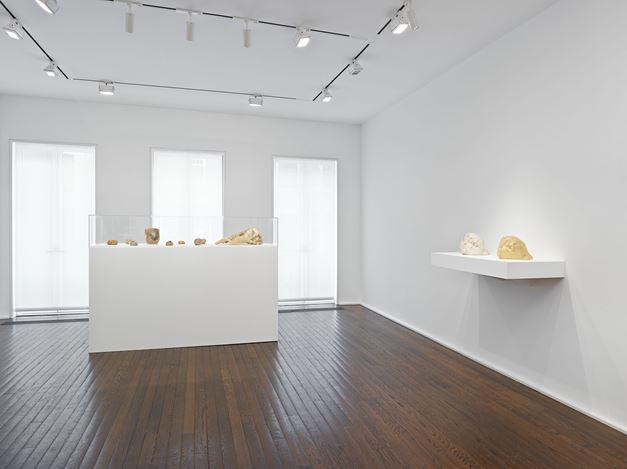 Exhibition view: Alina Szapocznikow, To Exalt the Ephemeral: Alina Szapocznikow, 1962 – 1972, Hauser & Wirth, 69thStreet, New York (29 October–21 December 2019).© Alina Szapocznikow. Courtesy the artist and Hauser & Wirth.Photo: Genevieve Hanson.