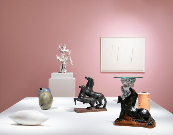 Exhibition view: Lucio Fontana, Fontana Ceramics, Robilant+Voena, London (15 February–15 April 2021). Courtesy Robilant+Voena.