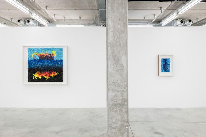 Exhibition view: Vaughn Spann, Smoke Signals, Almine Rech, Brussels (3 September–10 October 2020). Courtesy Almine Rech.