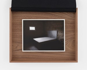Le lit by Sophie Calle contemporary artwork