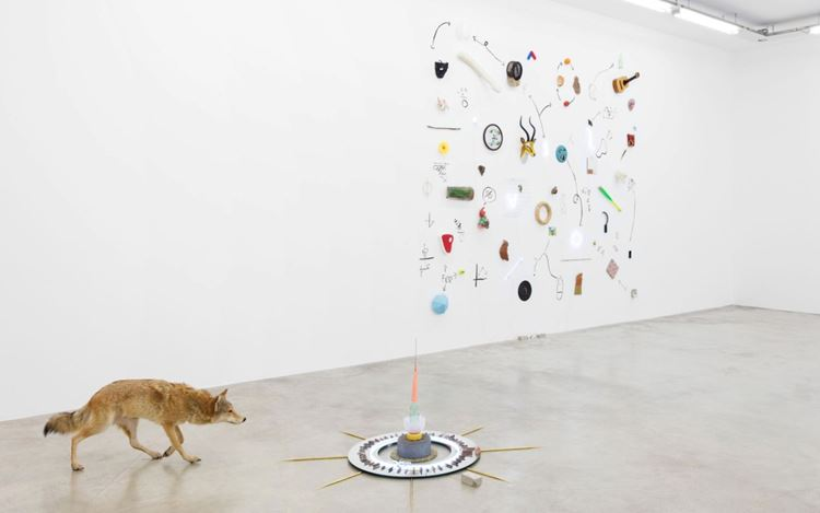 Exhibition view: Gabriel Rico, Nature Loves to Hide, Perrotin, Paris (23 May–14 August 2020). Courtesy the Artist and Perrotin.