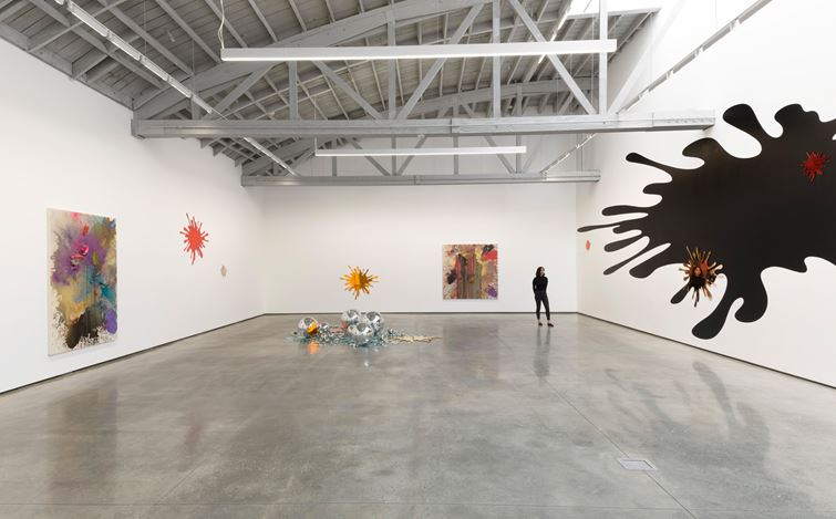 Exhibition view: John M Armleder, Sh/Ash/Lash/Splash, David Kordansky Gallery, Los Angeles (27 June–24 August 2019). Courtesy David Kordansky Gallery.