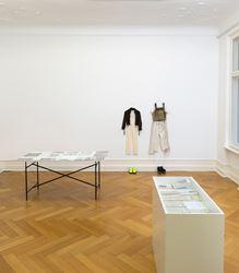 Exhibition view: Loretta Fahrenholz,Two A. M.,Galerie Buchholz, Berlin (27 January–25 February 2017).Courtesy Galerie Buchholz.