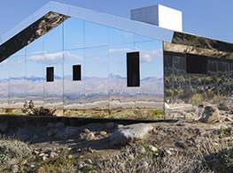A Mirrored House By Doug Aitken Reflects California's Desert Beauty and Solitude