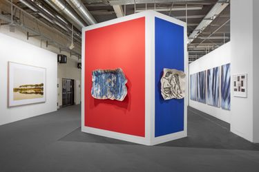 Exhibition view, Art Basel 2021, Kewenig, Booth D5. All reproduced artworks © the artists, photo Sebastiano Pellion di Persano.