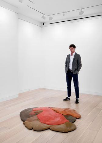 Exhibition view: Lynda Benglis,Early Work 1967–1979, Cheim & Read, New York (8 October–23 December 2020). Courtesy Cheim & Read.