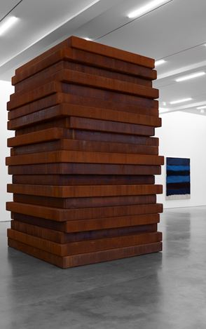 Exhibition view: Sean Scully, PAN, Lisson Gallery, West 24th Street, New York (30 April—8 June 2019).© Sean Scully. Courtesy Lisson Gallery.