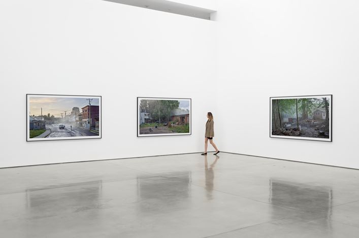 Exhibition view: Gregory Crewdson, An Eclipse of Moths, Gagosian, Beverly Hills (24 September–21 November 2020). © Gregory Crewdson. Courtesy Gagosian. Photo: Jeff McLane.