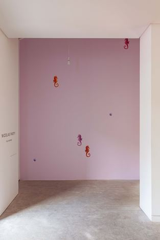 Exhibition view: Nicolas Party, Polychrome, The Modern Institute, Osborne Street, Glasgow (25 May–24 August 2019). Courtesy the artist and The Modern Institute/Toby Webster Ltd, Glasgow.