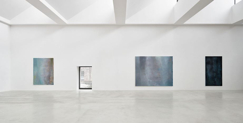 Exhibition view: Angel Vergara, J'efface, et cela apparaît, Axel Vervoordt Gallery, Antwerp (7 March–20 June 2020). Courtesy Axel Vervoordt Gallery.