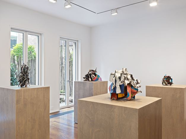 Exhibition view: John Chamberlain, Baby Tycoons, Hauser & Wirth, 69th Street, New York (5 September–19 October 2019). © 2019 Fairweather & Fairweather LTD / Artists Rights Society (ARS), New York. Courtesy Hauser & Wirth. Photo: Genevieve Hanson.