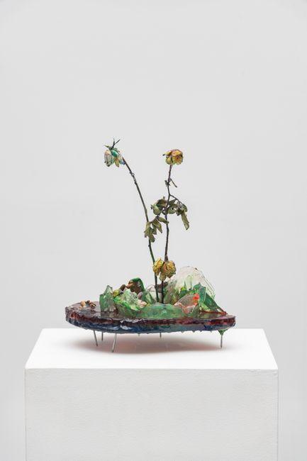 Ikebana noturno by Yuli Yamagata contemporary artwork