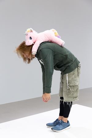 Theory of hope 希望理論 by Erwin Wurm contemporary artwork sculpture, performance