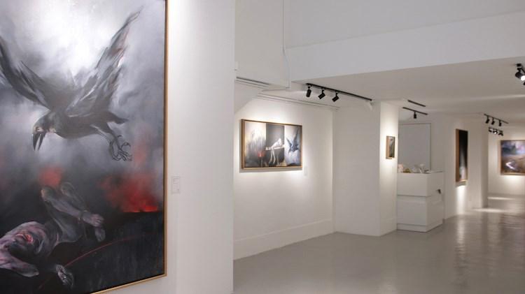 Vladimir Veličović, rавран, A2Z Art Gallery, Hong Kong (25 May–23 June 2019). Courtesy A2Z Art Gallery.
