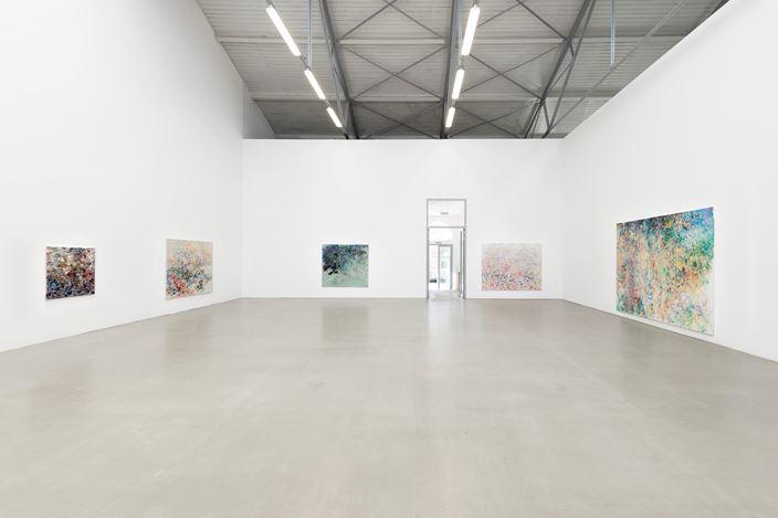 Exhibition view: Uwe Kowski,Stille,Galerie EIGEN + ART, Leipzig (1 August–12 September 2020). Courtesy Galerie EIGEN + ART. Photo: Uwe Walter, Berlin.