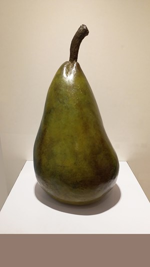 Pear 2 by Fay Ming contemporary artwork