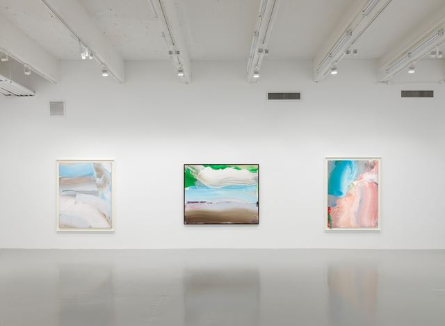 Exhibition view, Ed Clark, Paintings 2000 – 2013, Hauser & Wirth, 22nd Street, New York (10 September–26 October 2019). © Ed Clark. Courtesy the artist and Hauser & Wirth. Photo: Dan Bradic.