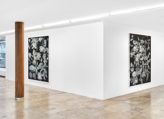 Exhibition view: Ross Bleckner, Quid Pro Quo, Capitain Petzel, Berlin (10 September–7 November 2020) © the artist and Capitain Petzel, Berlin. Ph: Jens Ziehe