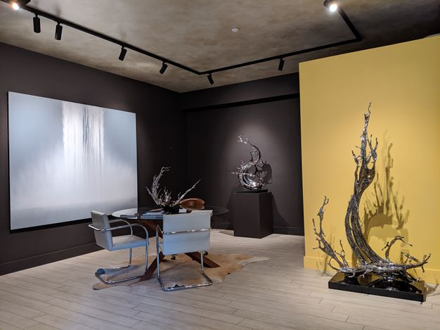 Exhibition view: Zheng Lu and Hiroshi Senju,Coursing Water, Sundaram Tagore Gallery, Madison Avenue, New York (15 June–6 July 2019). Courtesy Sundaram Tagore Gallery.