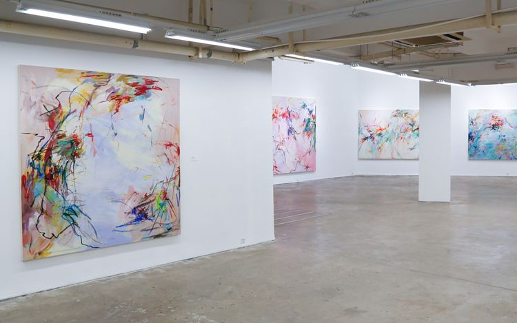 Exhibition view: Wang Xiyao, A dance to fly in the blossoming trees,A Thousand Plateaus Art Space, Chengdu(26 June–3 August 2021).Courtesy A Thousand Plateaus Art Space.