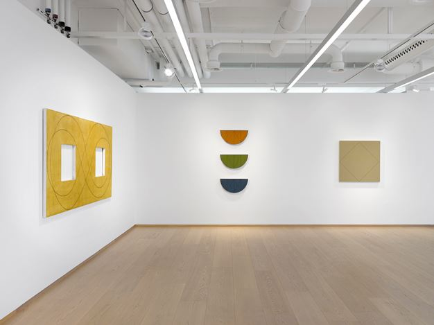 Exhibition view: Robert Mangold, Pace Gallery, Geneva (7 May–31 July 2019). Courtesy Pace Gallery.