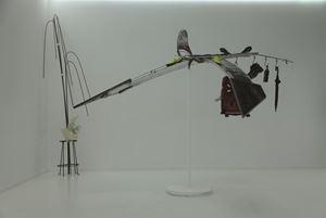 Balancing Bird by Tong Kunniao contemporary artwork