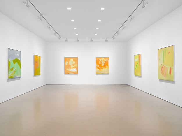 Exhibition view: Esteban Vicente, Miles McEnery Gallery, West 21st Street, New York (16 July–28 August 2020). Courtesy Miles McEnery Gallery.