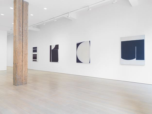 Exhibition view: Suzanne Caporael, Miles McEnery Gallery, 525 West 22nd Street, New York(30 May–6 July 2019). Courtesy Miles McEnery Gallery.