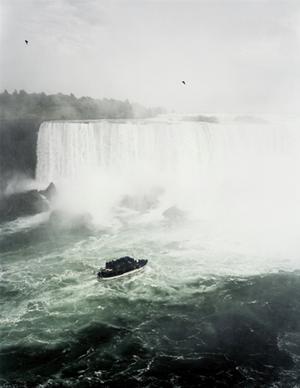 Niagara Falls by Andreas Gursky contemporary artwork
