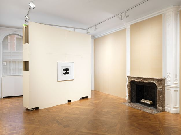 Exhibition view: Christopher Williams, Footwear (Adapted for Use), David Zwirner, 69th Street, New York (27 February–18 April 2020). Courtesy David Zwirner.