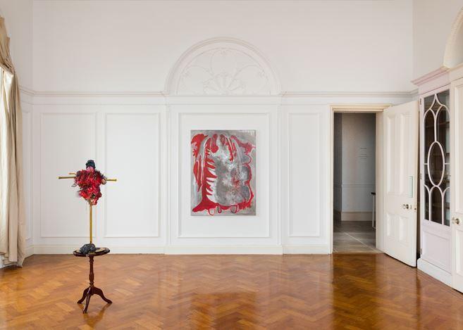 Exhibition view: Michaela Eichwald, Kartoffelschälgruppe Fragmentkörper, Maureen Paley, Morena di Luna, Hove (23 March–19 May 2019).  © Michaela Eichwald. Courtesy Maureen Paley, London.