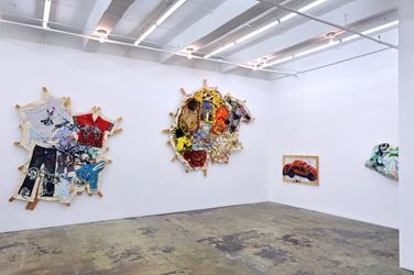 Exhibition view: Mike Cloud, Quilt painting, Thomas Erben Gallery, New York (22 February–31 March, 2018). Courtesy Thomas Erben Gallery.