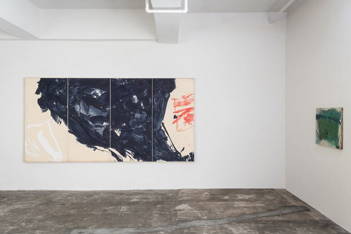 Exhibition view: Ryuji Tanaka, Axel Vervoordt Gallery, Hong Kong (19 October 2019–1 February 2020). Courtesy Axel Vervoordt Gallery.