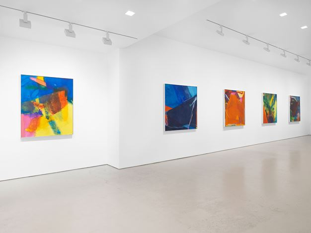 Exhibition view: Emily Mason, Chelsea Paintings, Miles McEnery Gallery, 520 West 21st Street, New York (7 January–13 February 2021). Courtesy The Emily Mason and Alice Trumbull Mason Foundation and Miles McEnery Gallery, New York, NY. Photo: Christopher Burke Studio.