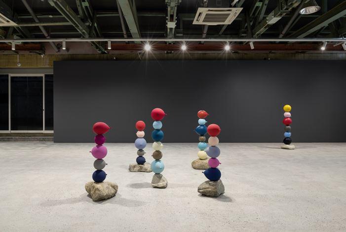Exhibition view: Gimhongsok,Short People(26 June–16 August 2020), Kukje Gallery, Busan. Courtesy Kukje Gallery.