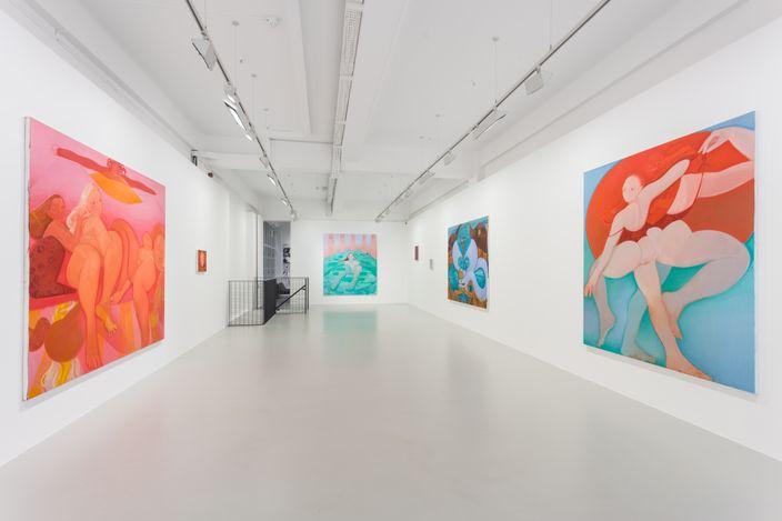Exhibition view: Sofia Mitsola, Aquamarina: Crocodilian tears, Pilar Corrias, Eastcastle Street (2 September–2 October 2021). Courtesy the artist and Pilar Corrias, London.Photo: Mark Blower.