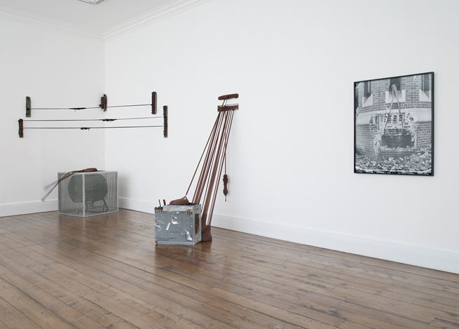 Exhibition view: Senga Nengudi, Sprüth Magers, London (7 June–13 July 2019). © Senga Nengudi. Courtesy Sprüth Magers. Photo: Stephen White.