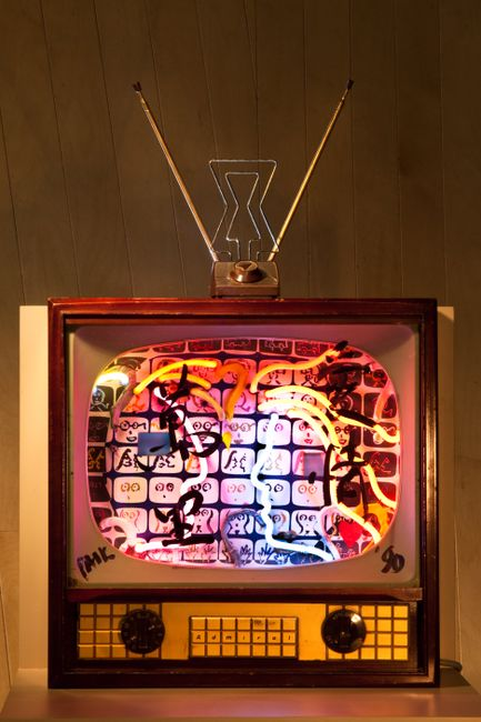 Neon TV - Love is 10,000 miles by Nam June Paik contemporary artwork