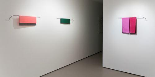 Exhibition view: Helen Calder, Folded, Bartley + Company Art, Wellington (27 February–23 March 2019). Courtesy Bartley + Company Art.