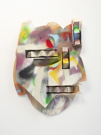 Richard Tuttle,Old Chariot Head (2020). Plywood, spray paint, wood glue, and nails. 63.5 x 47 x 5.1 cm. Courtesy David Kordansky Gallery.