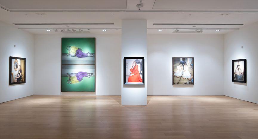 Exhibition view: Pang Maokun, Flowers in the Mirror, Tang Contemporary Art, Hong Kong (18 May–19 June 2021). Courtesy Tang Contemporary Art.
