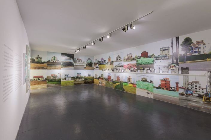 Exhibition view: Li Qing, Lighthouse and Cradle,Tang Contemporary Art, Beijing (12 September–27 October 2021). Courtesy Tang Contemporary Art.