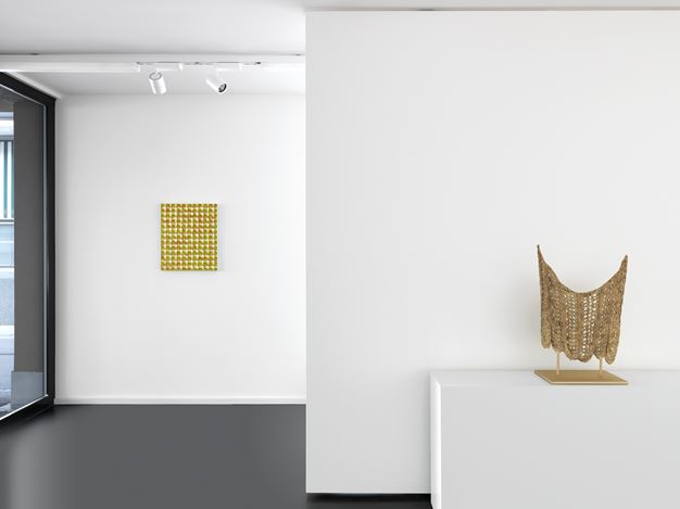 Exhibition view: Michelle Grabner, Paintings and Sculptures, Anne Mosseri-Marlio Galerie, Basel (2 September–27 October 2017). Courtesy Anne Mosseri-Marlio Galerie.