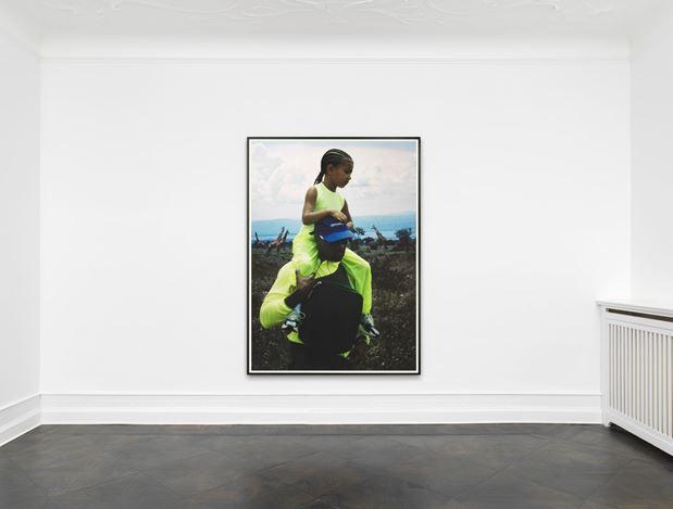 Heji Shin, Kanye and North in Uganda (2018).Exhibition view: Heji Shin,Kanye, Galerie Buchholz, Berlin (15 March–20 April 2019). Courtesy Galerie Buchholz.