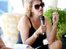 "Tracey Emin on Being ""Bombarded"" By 2017, and Her Year of Honesty Ahead"
