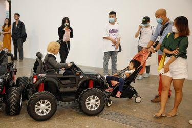 Exhibition view: Lí Wei, Fairy Tale, Tang Contemporary, Beijing (5 September–18 October 2020). Courtesy Tang Contemporary Art, Beijing.