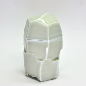 Porcelain box by Sebastian Scheid contemporary artwork