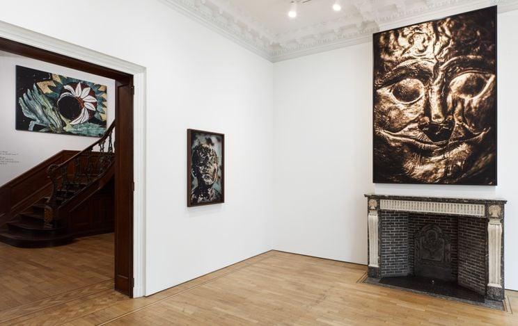 Exhibition view: Sofia Borges,THE SUN, THE SUN, BUT THE UNCONSCIOUS OF THE SUN, Mendes Wood DM, Brussels (11 March–17 April 2021). Courtesy Mendes Wood DM.